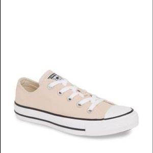 Converse All Star Chuck Taylor Low Top Cream